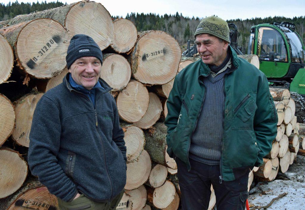 AT Skog øker sagtømmerprisen