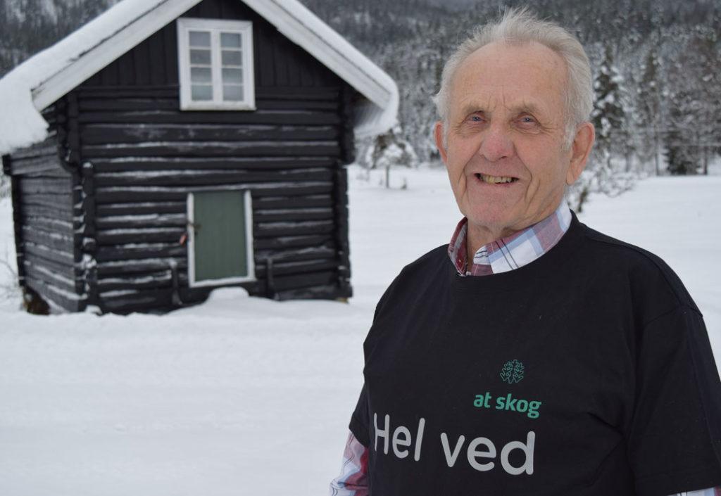 Jon Bjørn er andelseier på 60. året