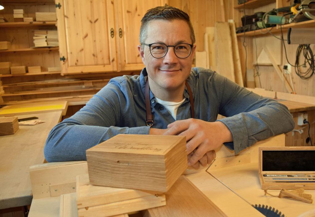 Morten vil lage 500 skrin i tre