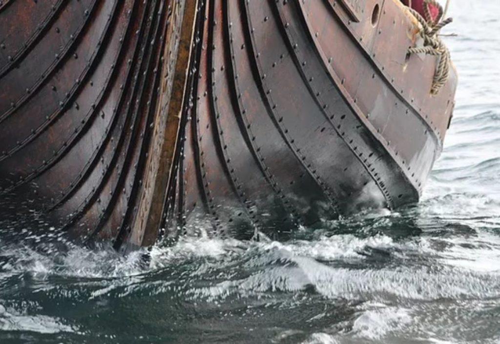Vikingskipbyggere etterlyser eik